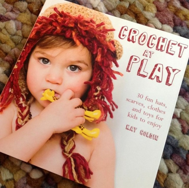 Book review / Crochet at play by Kat Goldin